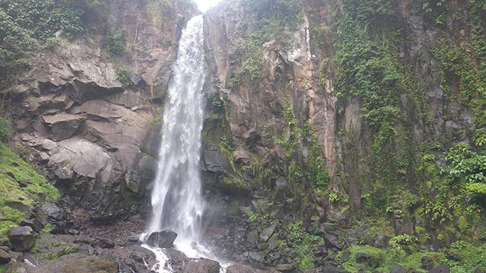 Bukal Fall滝壺 ラグーナ