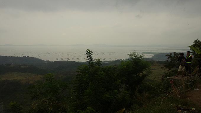 ラグーナ湖の様子