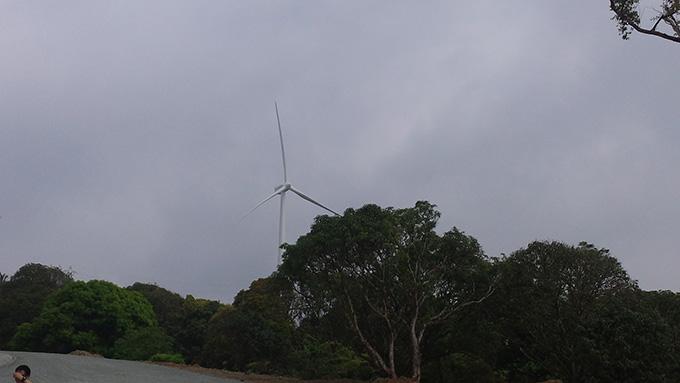 bukal-falls 旅行 ラグーナの風車
